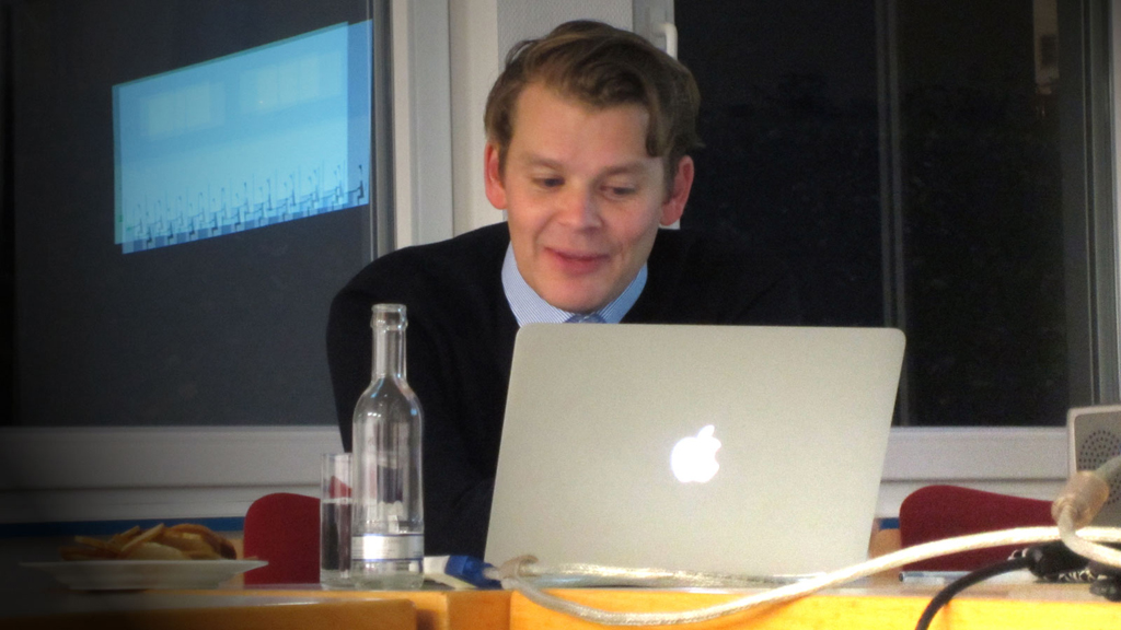 Marcus Bösch beim Newsgames Abend des Journalistinnenbundes